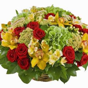 Сборная корзина с орхидеями и розами R337