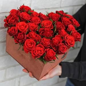 Сердце 31 красная роза R013